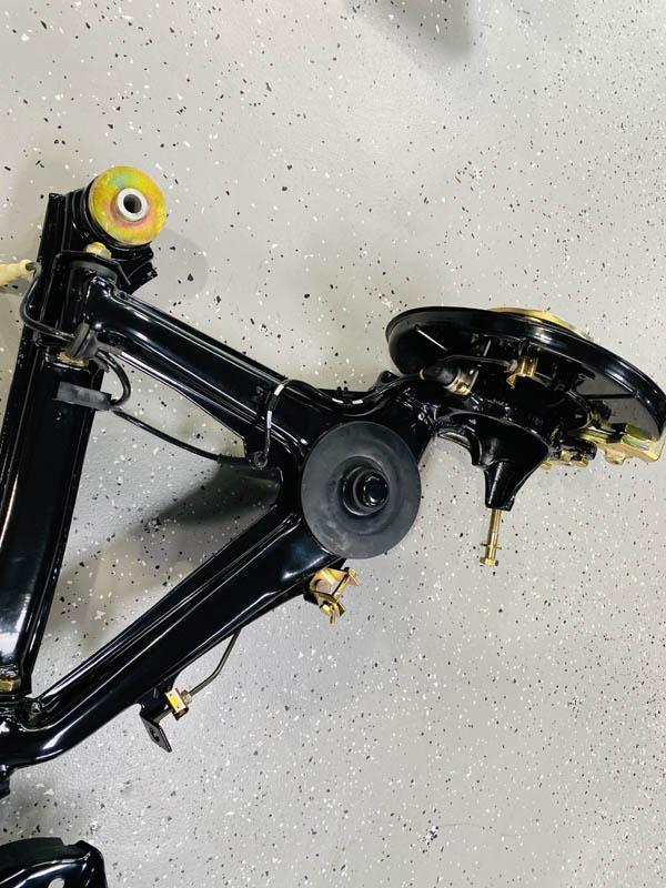 BMW M3 (E30) - Aufbau der Achsen